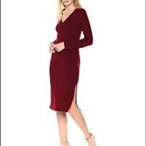 New Lucca v-neck ribbed sweater midi dress M
